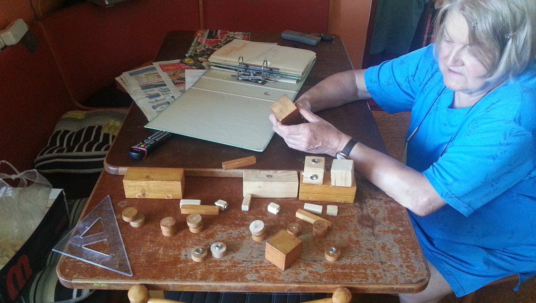 WoodFormers na stole, se svojí inicátorkou